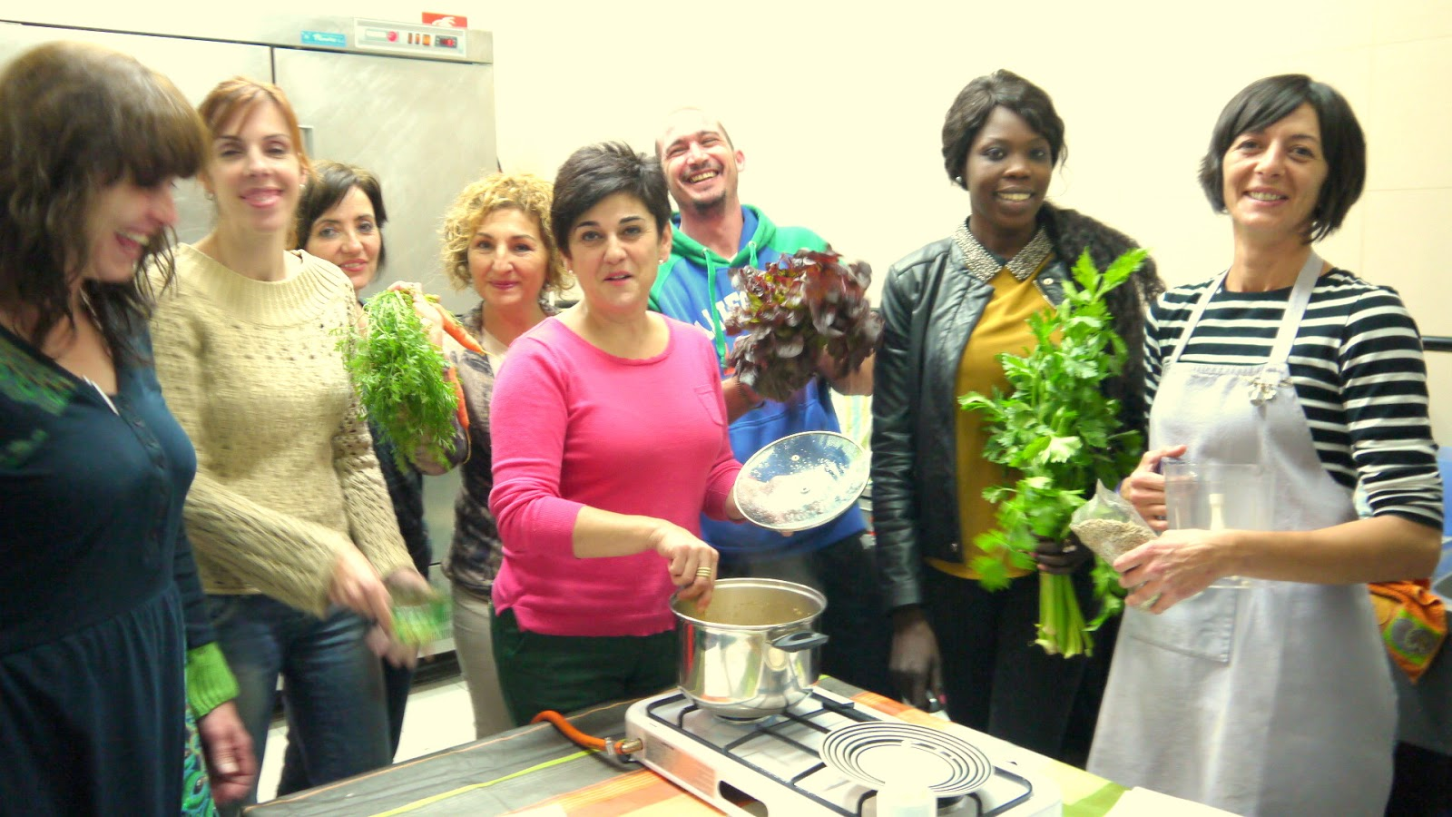 Talleres de cocina alternativa en el Centro Social de La Pobla de Vallbona
