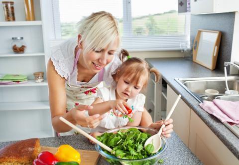 Cómo crear hábitos saludables a tus hijos/as